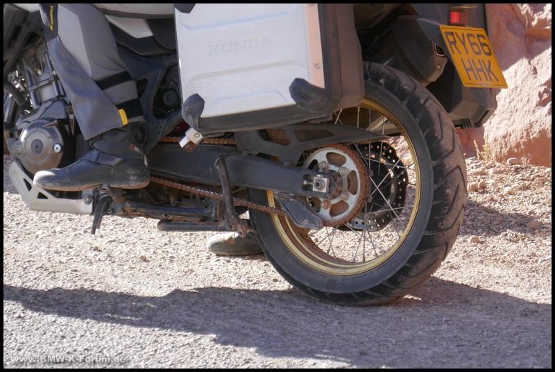 Hinterrad mit Bridgestone A41