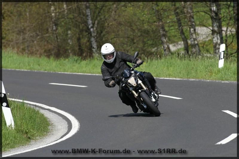 Dunlop SportSmart 2 MAX - Fahrtest auf BMW F 800 R