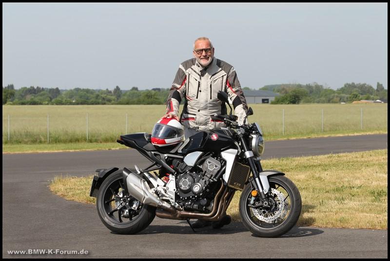 Honda CB 1000 R+ und Michael Bense