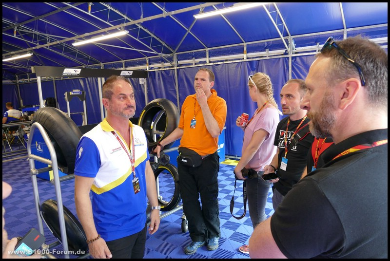 Michelin - Reifenbox - Fahrerlager