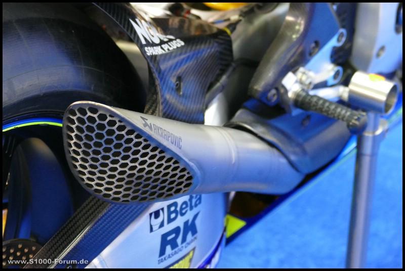 Detailaufnahme des Suzuki-MotoGP-Bikes in der Box