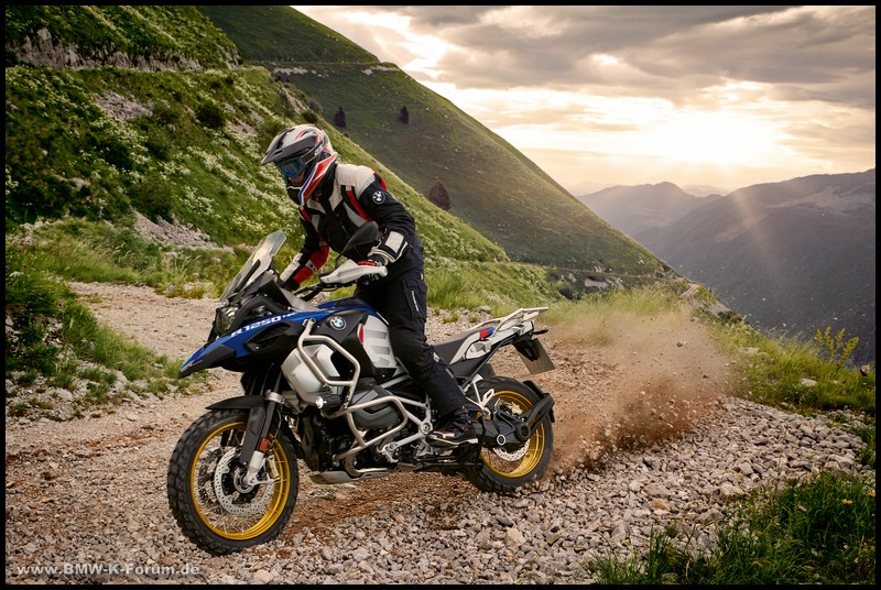 R 1250 GS Adventure in Action