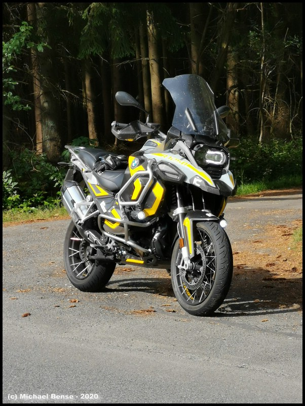 R 1250 GS Adventure mit Bridgestone T 31
