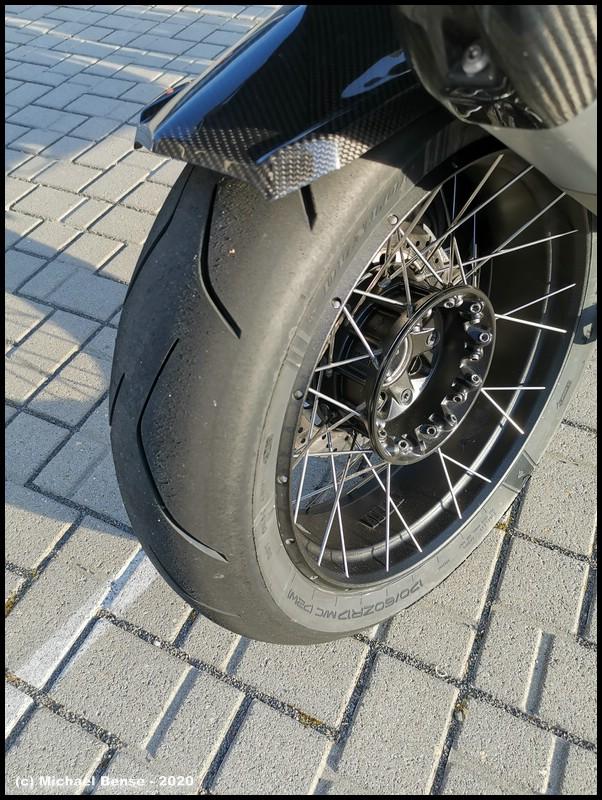 Hinterrad - Dunlop Sportsmart TT auf R 1250 GSA  - angefahren