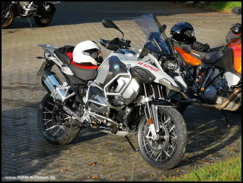 R 1250 GS Adventure mit Conti TrailAttack 3
