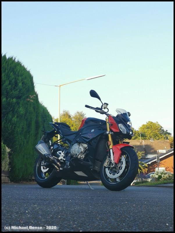 Satz DunlopSportsmart TT auf BMW S 1000 R
